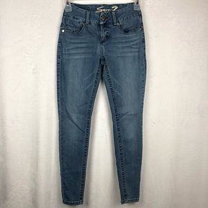 Seven7 Tummy-Less Slimming Skinny Jeans Size 4